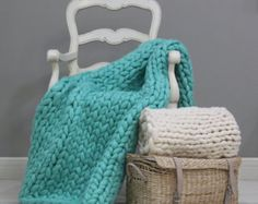 SALE Chunky Knit blanket Chunky wool blanket Knitted by PANAPUFA