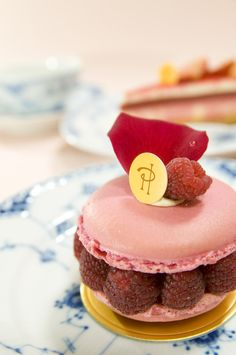 Ispahan | 32 French Desserts That Will Make You Want To Pack Everything And Move To Paris