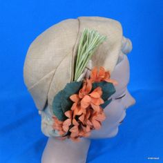 Vintage 1930s 40s Hattie Carnegie Straw Cloche Hat with Flower Bouquet