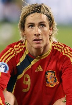 So Fernando Torres looks a lot like an older Grayson. Except Grayson is horrible at soccer. Soccer Stars, Football Soccer, Football Players, Spanish Soccer Players, Spanish Men, Soccer Skills, Professional Football, Arsenal Fc, Best Player
