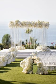 Top 10 Luxury Wedding Venues to Hold a 5 Star Wedding - Love It All All White Wedding, Star Wedding, Wedding Stage, White Weddings, Southern Weddings, Romantic Weddings, Floral Wedding, Wedding Events, Wedding Flowers