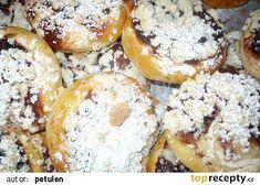 Výborné kynuté těsto na cokoli recept - TopRecepty.cz Bagel, Muffin, Bread, Baking, Breakfast, Food, Morning Coffee, Brot, Bakken