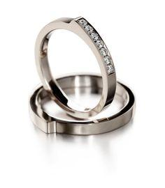 Ritva-Liisa Pohjalainen Lumme - 825330 ja Lumme - 825300 Jewerly, Bracelet Watch, Jewelry Accessories, Wedding Rings, Apple, Engagement Rings, Watches, Bracelets, Apple Fruit
