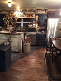 Awesome Endearing Primitive Kitchen Decor And Country Home Black On country primitive kitchen decor. country primitive decor for kitchen. Awesome Endearing Primitive Kitchen Decor And Country Home Black On. Rustic Country Kitchens, Country Farmhouse Decor, Country Primitive, Kitchen Rustic, Primitive Decor, Country Homes, Primitive Bedroom, Primitive Antiques, Primitive Kitchen Cabinets