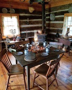53 Cool Farmhouse Dining Room Decor Ideas - adrienne news Primitive Homes, Primitive Kitchen, Primitive Decor, Kitchen Country, Country Farmhouse, Rustic Decor, Modern Farmhouse, Farmhouse Decor, Kitchens