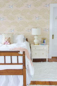 GOLD WHITE AND BLUSH BEDROOM MAKEOEVR