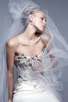 Shop Fairy: Shop Monique Lhuillier Wedding Gowns
