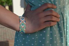 3D friendship bracelets with button. Colourful от LinuPoga на Etsy