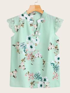 To find out about the Contrast Lace Floral Print Blouse at SHEIN, part of our latest Blouses ready to shop online today! Fashion News, Boho Fashion, Fashion Dresses, Punk Fashion, Lolita Fashion, Retro Fashion, Kurta Neck Design, Printed Blouse, Dress Patterns