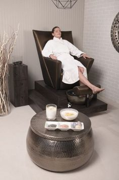 Pedicure Spa Tubs 30+ Ideas #pedicure