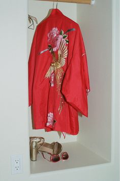 kimono and heels Heather Chandler, Kimono Coat, Fashion Outfits, Womens Fashion, Casual Chic, Different Styles, Hippie Boho, Work Wear, What To Wear