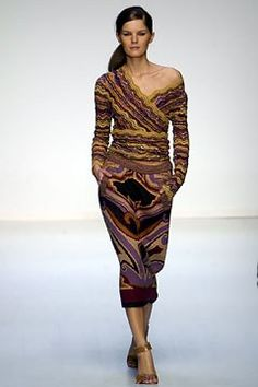 Missoni Fall 2002 Ready-to-Wear Fashion Show - Angela Missoni, Marcelle Bittar
