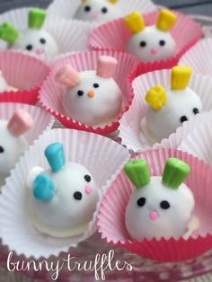 Darn, these are cute as, well, bunnies! Easter Bunny oreo truffles | One Ordinary Day