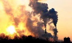 El acuerdo para la reducción de los gases de efecto invernadero que entrará en vigor el próximo día 4 de noviembre recibe el nombre de Acuerdo de París, con mayúscula inicial. Empieza a ser habitual encontrar en los medios de comunicación frases como las siguientes: «El acuerdo de París requiere implicación de la sociedad y no solo de Gobiernos», «El Parlamento Europeo ha aprobado este martes la ratificación del acuerdo de París (COP21)» o «Recordó que la Argentina suscribió el Protocolo de…