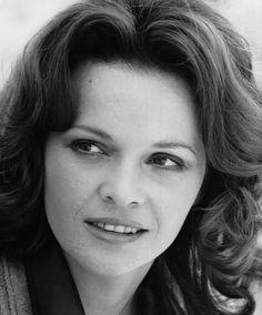 † Laura Antonelli (73) 22-06-2015  Italiaanse actrice.