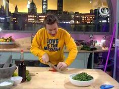 Жить вкусно с Джейми Оливером-Большой пакет с обедом - YouTube