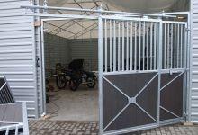 Öffnungsmechanismus für die Pferdebox