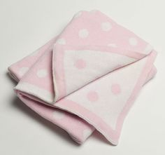 Jiggle and Giggle has been producing quality products for over 10 years carrying a wide range of products from baby bedding to embroidered towels & accessories. Embroidered Towels, Baby Nursery Bedding, Cotton Throws, Knitted Blankets, Knitting, Pink, Fashion, Moda, Tricot