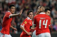 Bancada da Luz - Tudo sobre o mundo Vermelho!: Futebol:Benfica-PSG(2-1)