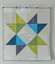 scale star baby quilt (s.k handmade) free pattern by super talented Amy (Diary of a Quilter) to make this large scale star baby quilt.free pattern by super talented Amy (Diary of a Quilter) to make this large scale star baby quilt. Big Block Quilts, Star Quilt Blocks, Star Quilts, Easy Quilts, Mini Quilts, Owl Quilts, Scrappy Quilts, Jellyroll Quilts, Texas Star