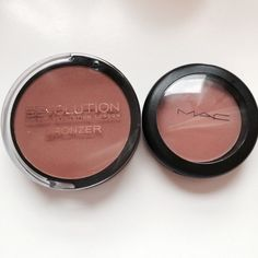 Happy Go Hols: Sunday Scrimping - MAC Sheertone Dupe - Makeup Revolution Bronzer