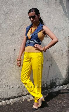 #whatiwore on a Casual Date - Style 23 #fashionblog #indianfashion #ootd #indianfashionblogger #coloredjeans #yellowjeans #colorblocking @iknowstudio.com