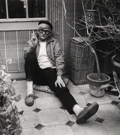 """The moment you cheat for the sake of beauty, you know you're an artist.""David Hockney by Cecil Beaton, 1965."