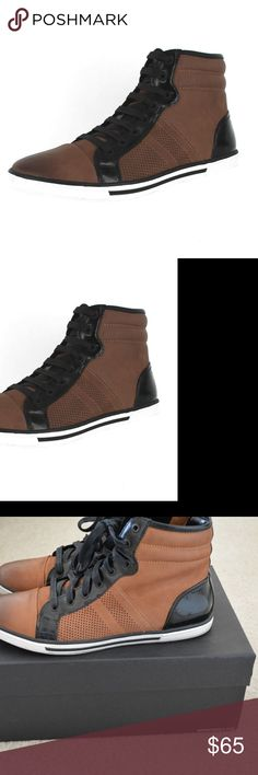 KENNETH COLE NEW YORK BASE DOWN COGNAC MENS HI-TOP KENNETH COLE NEW YORK BASE DOWN COGNAC MENS HI-TOP SNEAKERS Size 10.5 M  These shoes are in excellent condition and include the box.  They are a size 10.5. Kenneth Cole Shoes Chukka Boots