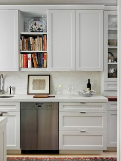 makes me want a white kitchen again