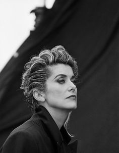 Catherine Deneuve, photo by Peter Lindbergh, 1991 Peter Lindbergh, Catherine Deneuve, Jane Fonda, Marcello Mastroianni, Black And White Portraits, French Actress, Belle Photo, Movie Stars, Portrait Photography