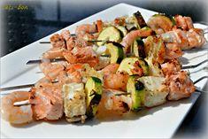 Brochettes de poissons et courgettes marin�es, � la plancha.