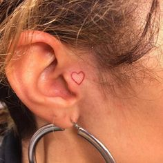 Mini Tattoos, Small Face Tattoos, Face Tattoos For Women, Face Tats, Red Tattoos, Small Girl Tattoos, Tattoo Girls, Cute Tattoos, Tattos