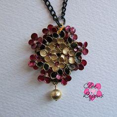 Collana fiori smalto oro bordeaux, by Cloe Bijoux, 12,00 € su misshobby.com
