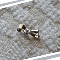 Earring Connectors, 6x14mm Pinch Bail Connectors,  Pinch Clip Bails, White Gold Plated Bail Connectors, Pendant Bails, Necklace Connectors