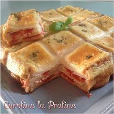 Le croque-cake , tout le monde connaît? Ouiiiiiiiiiiiiiiiiiiiiiiiiiiiiiiiiiii... Bon, je ne sais pas si c'est votre cas mais pour en a... Food To Go, Food And Drink, Cas, Cake Factory, Salty Foods, Pizza, French Food, Tupperware, Summer Recipes