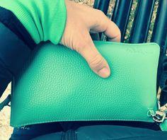 minibag the crossbodywallet Big Bags, Small Handbags, Clutch, Elegant, Jeans Fit, Mini Bag, How To Wear, Women, Fashion