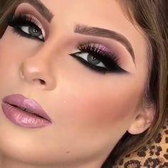 Smoke Eye Makeup, Makeup Eye Looks, Eye Makeup Steps, Eye Makeup Art, Beautiful Eye Makeup, Eyebrow Makeup, Skin Makeup, Eyeshadow Makeup, Beauty Makeup