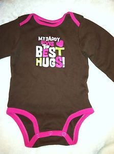 """Carters Girls Bodysuit SIZE12MO """"My Daddy Gives The Best Hugs"""" New 