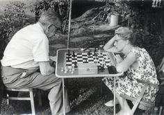 Józef Mackiewicz z żoną Barbarą Toporską, Monachium 1966