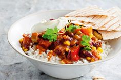 All-in vegetarian chilli | Leader recipes