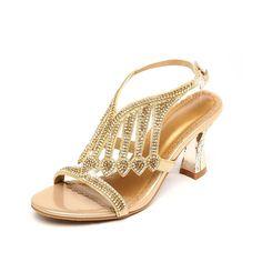 dfd1280e2b4 Barato Mulheres strass Sandálias Sapatos Sandalias Mujer 2018 De Cristal De  Noiva Casamento Sapatos de Fivela