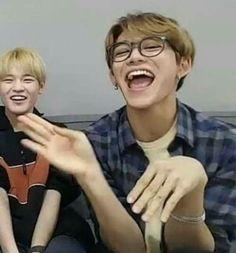 Funny Photo Memes, Memes Funny Faces, Funny Kpop Memes, Cute Memes, Funny Photos, My Photos, Namjoon, King Meme, Lucas Nct
