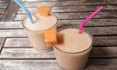 Cantaloupe Lassi smoothies in two glasses with pink straws on a wooden table. Good Healthy Recipes, Ww Recipes, Healthy Drinks, Healthy Eats, Skinny Recipes, Fruit Recipes, Eating Healthy, Healthy Foods, Weight Watcher Smoothies