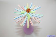 Atelier enfants : Des fleurs avec des pailles.