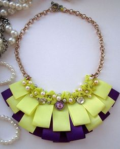 Стена Ribbon Jewelry, Ribbon Necklace, Scarf Jewelry, Fabric Jewelry, Diy Jewelry, Jewelery, Jewelry Design, Fashion Jewelry, Jewelry Making