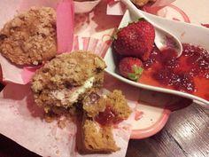 Simo's Cooking: Dolci con Ricotta  crumb muffins di farro con cuore di marmellata di fragole & cocco