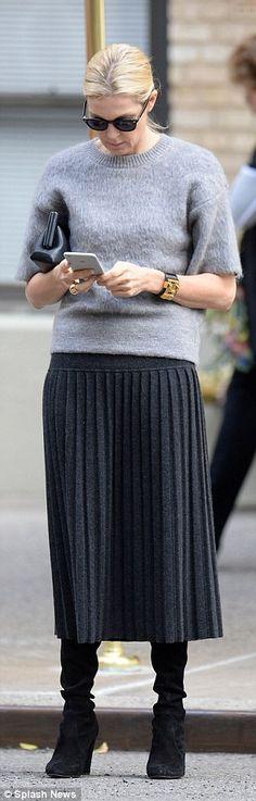 Kelly's custody battle: The Gossip Girl actress has been suffering as she's still dealing ...