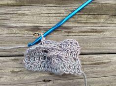 [Tutorial] Crochet Cable plus Cable Patterns - Rastercap Crochet Crochet Tools, Learn To Crochet, Crochet Stitches, Crochet Cable, Crochet Hats, Challenges To Do, Crochet Videos, Beautiful Crochet, Stitch Patterns