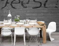 Buitentafel met verschillende witte stoelen / Dinnertable with different white chairs Dinning Table, Table And Chairs, Dining Chairs, Ikea Chairs, Casa Mix, Chaise Panton, Living Room Chairs, Dining Room, Dining Area