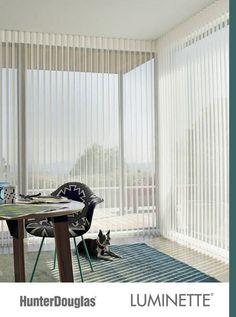 Busca imágenes de Salas de estilo minimalista en multicolor: Luminette. Encuentra las mejores fotos para inspirarte y crea tu hogar perfecto.